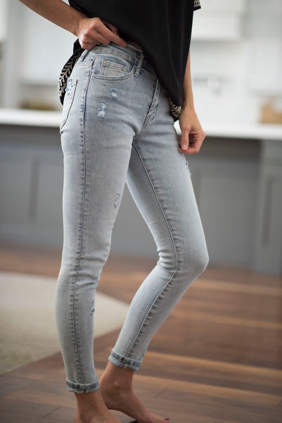 Zela Mid Rise Skinny Jeans in Light Denim