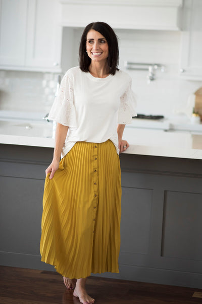 Kandas Pleated Skirt in Mustard