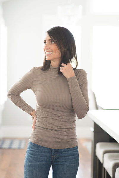Reese Ribbed Mock Neck in Coco