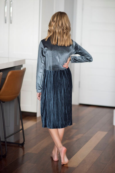 Harriet Velvet Dress in Grey