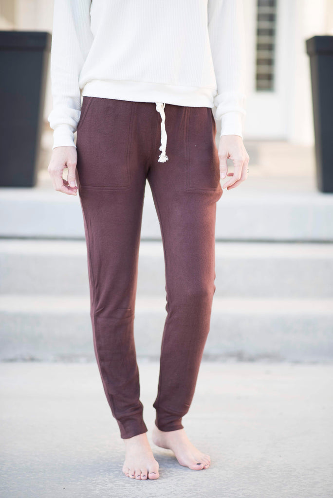 Porter Joggers in Burgundy