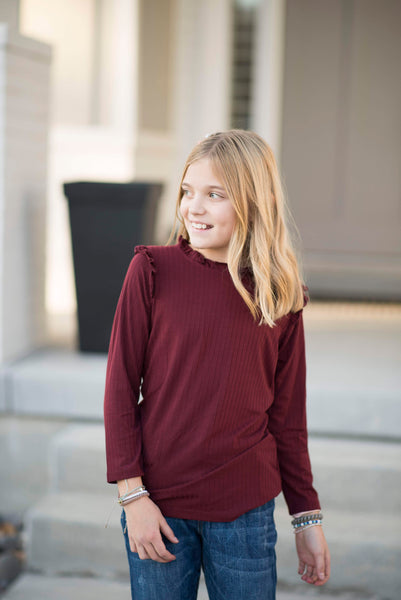 McKenzie Ribbed Mock Neck in Wine