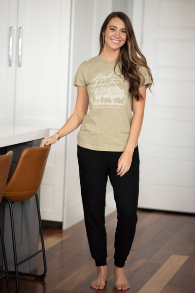 Randi Graphic Tee in Olive
