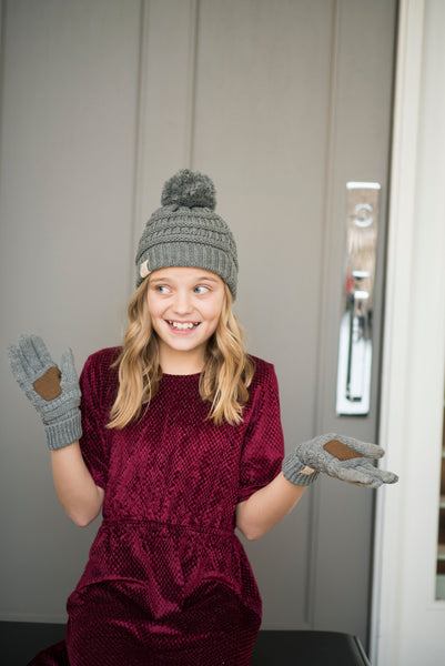 Girls gloves in light grey