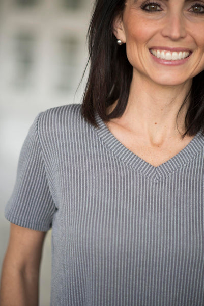 Janey Ribbed V Neck in Grey