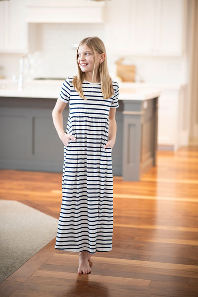 Tracy Stripe Maxi in White/Navy