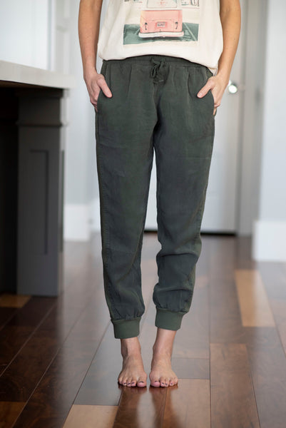 Lawson Tencel Joggers in Olive