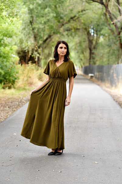 Michelle V Neck Maxi Dress in Olive