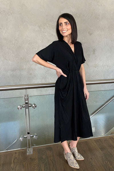 Mitto Drape Pocket Dress in Black