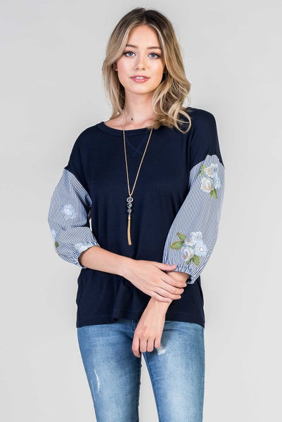 Sasha Embroidered 3/4 Sleeve Top in Navy