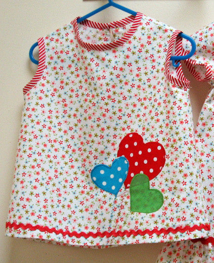 Girls dress & top sewing pattern POLLY PIPPIN with 2 appliques sizes 6-9mths - 6 yrs - Felicity Sewing Patterns