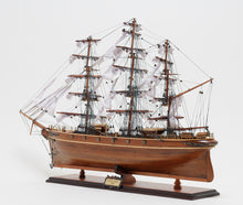 "Cutty Sark   ""Black Wood""   T016"