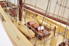 Bluenose 11 Fully assembled  L60  Y211