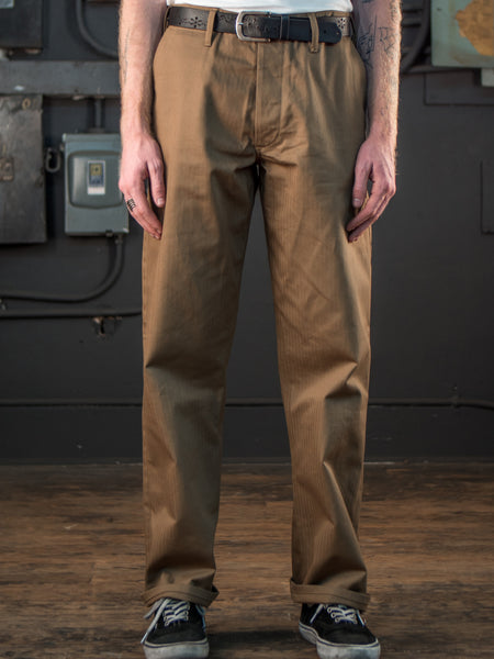 Dadier Pant In Tan On Body Front