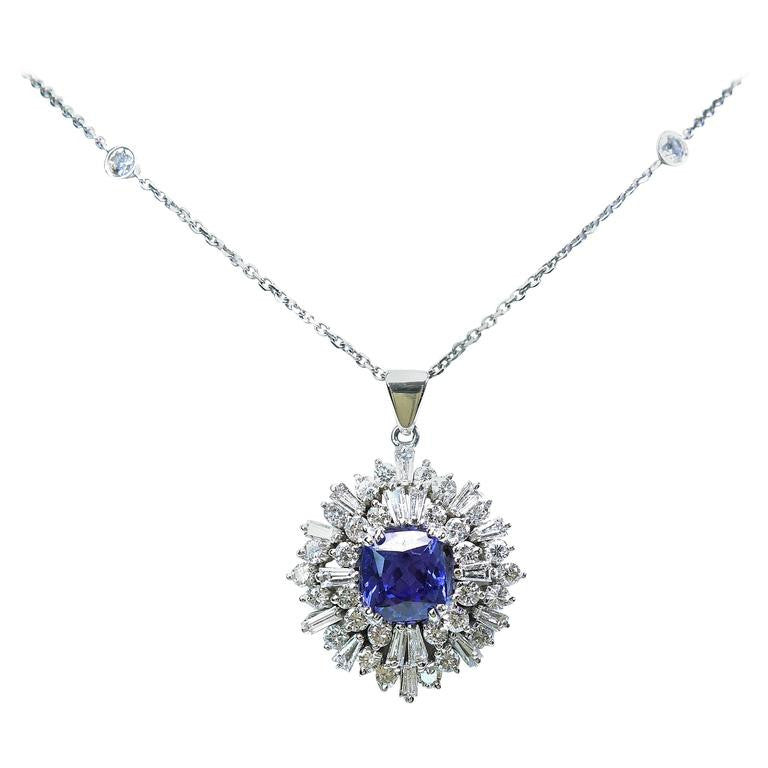 Gorgeous Tanzanite Diamond Gold Pendant Necklace