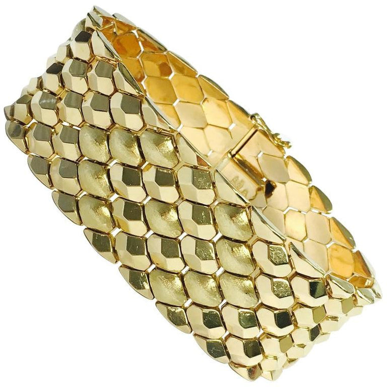 49c60455e Vintage Italian 18K Yellow Gold Honey Comb Design Bracelet