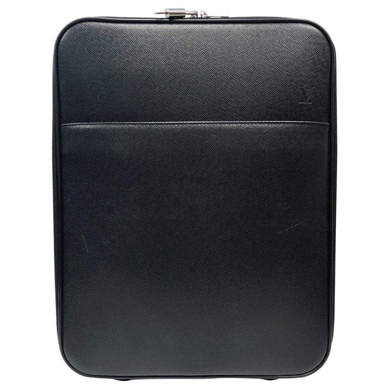 LOUIS VUITTON Taiga Pegase 45 Ardoise Business Suitecase Luggage
