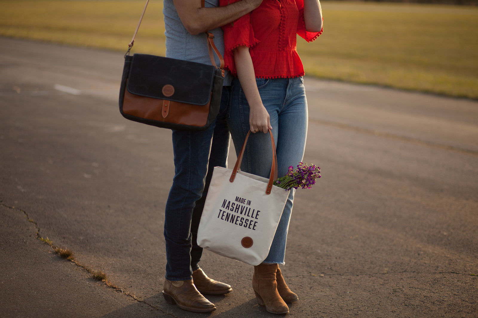 Hunker Bag Co:  Handmade leather and waxed canvas bags in Nashville, TN