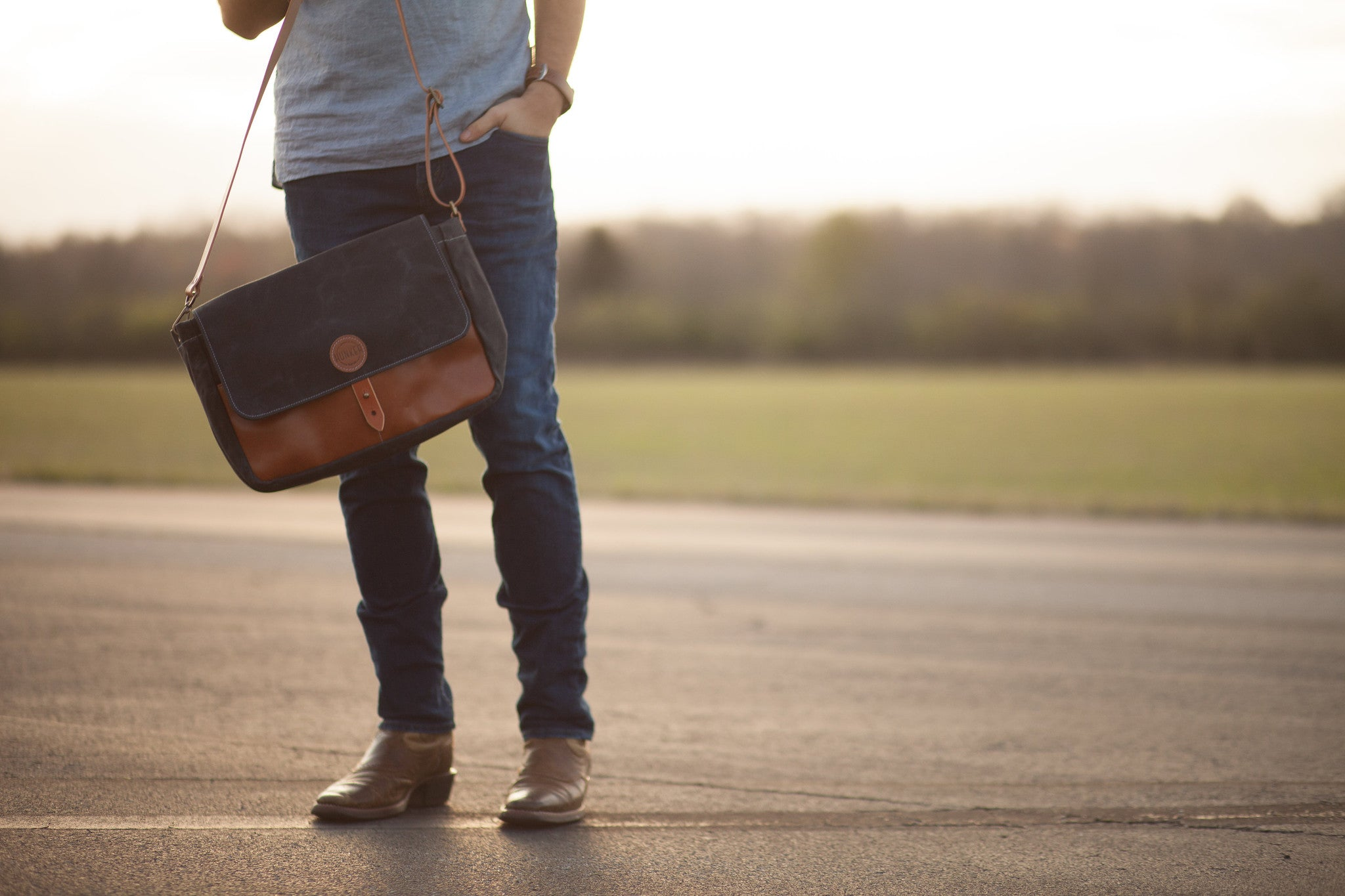 Hunker Bag Co: Horween leather and waxed canvas messenger bag