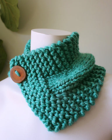 Comfortable and Bright Aquamarine Knitted Cowl with Button Closure-Warm wool