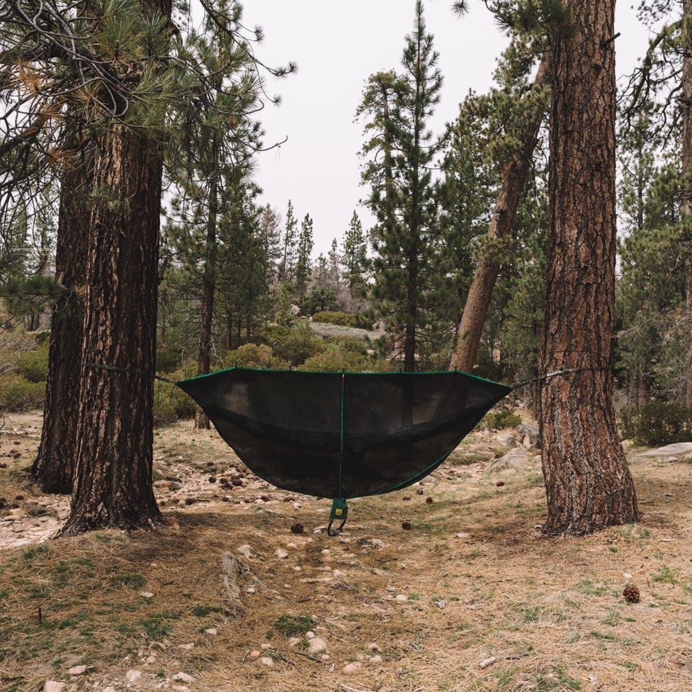 SnugNet Bug Net Green Set Up