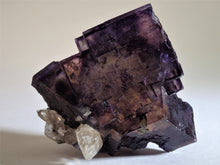 Load image into Gallery viewer, Illilnois Fluorite with Calcite