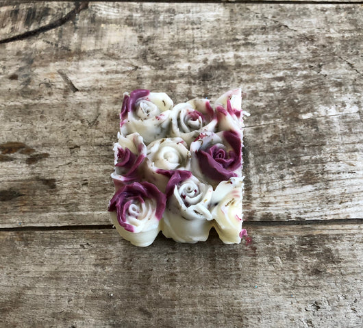 Don't Go Breaking My Heart~Scented Wax Rose Chunk