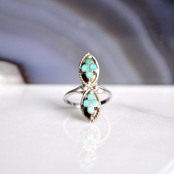 Vintage Zuni Turquoise Infinity Sterling Silver Ring (925) Size: 5.5