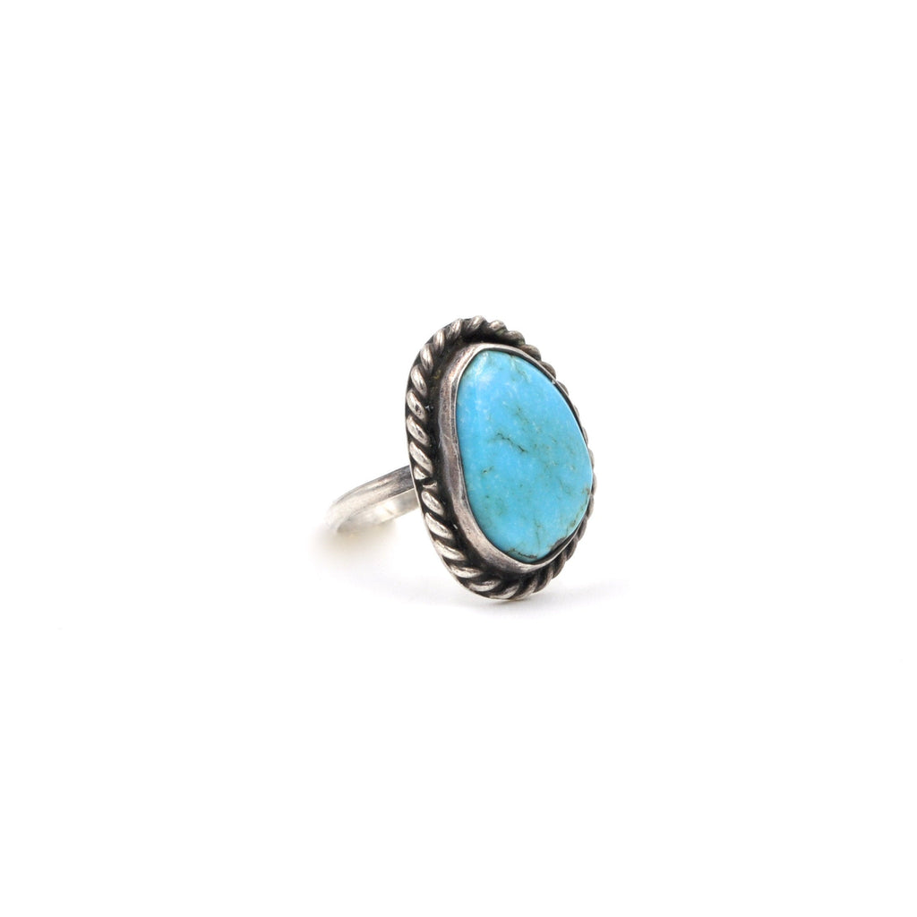 Vintage Turquoise Ring (.925) Size: 4.25