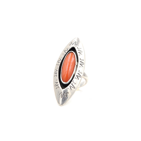 Vintage Coral Shadowbox Sterling Silver Ring (925) Size: 4.25