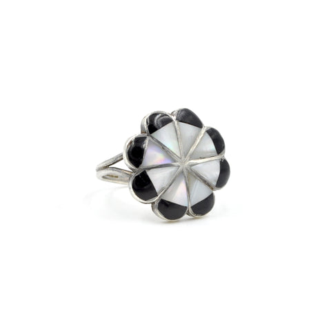 Vintage Mother of Pearl & Onyx Inlay Sterling Silver Flower Ring (925) - Size: 9
