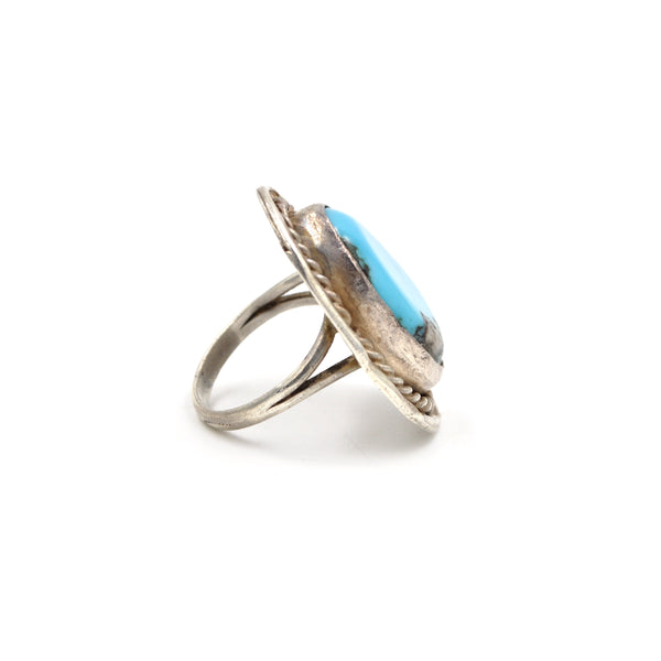 Classic 1970's Sterling Turquoise Ring (925) - Size: 7