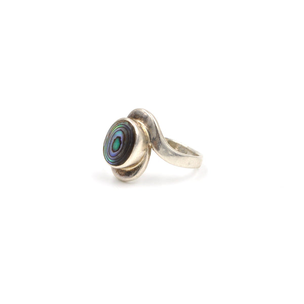 Abalone Twist Ring (925) Size: 5.5