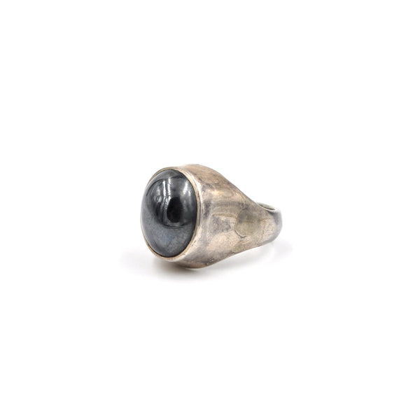 1980s Hematite Inlay Ring (.925) Size: 7.5