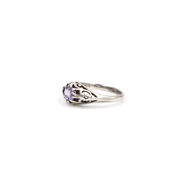 Sterling Light Purple Ring // Size: 6