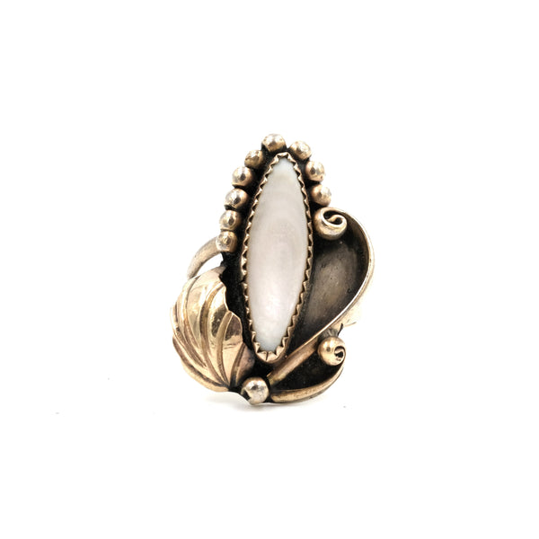 Signed Mother of Pearl Gold Filled Ring // Size 6.25