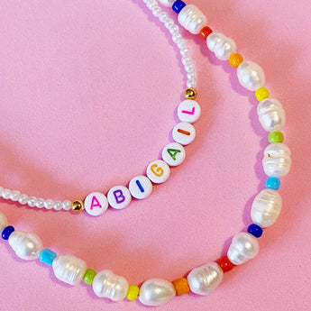 Freshwater Pearls Color Necklace con o sin inicial