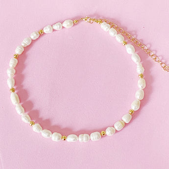Basic Pearl Choker con o sin inicial