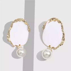 Oblea Earrings