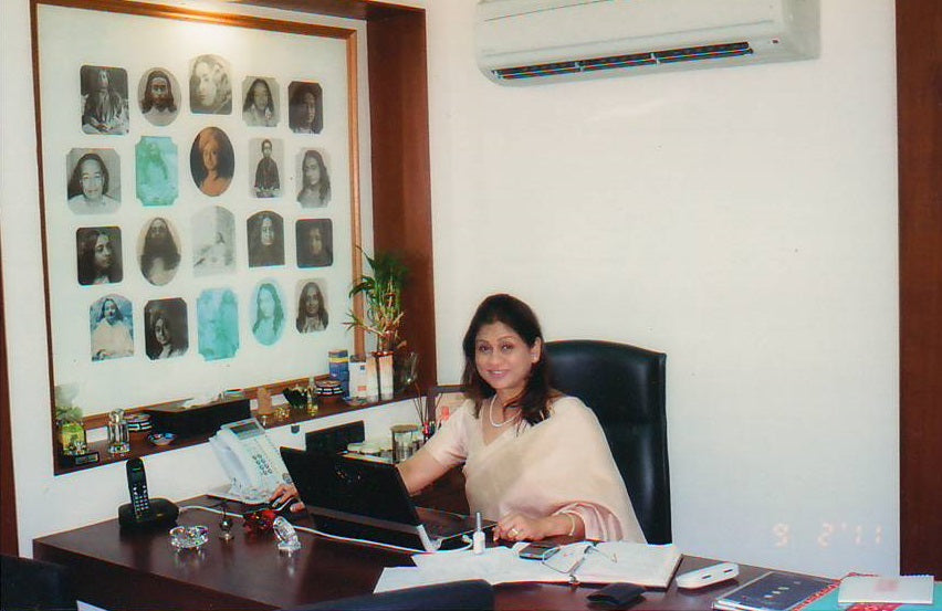 our promoter Mrs. Sunita Ramnathkar for Mitchell & White's Promoter