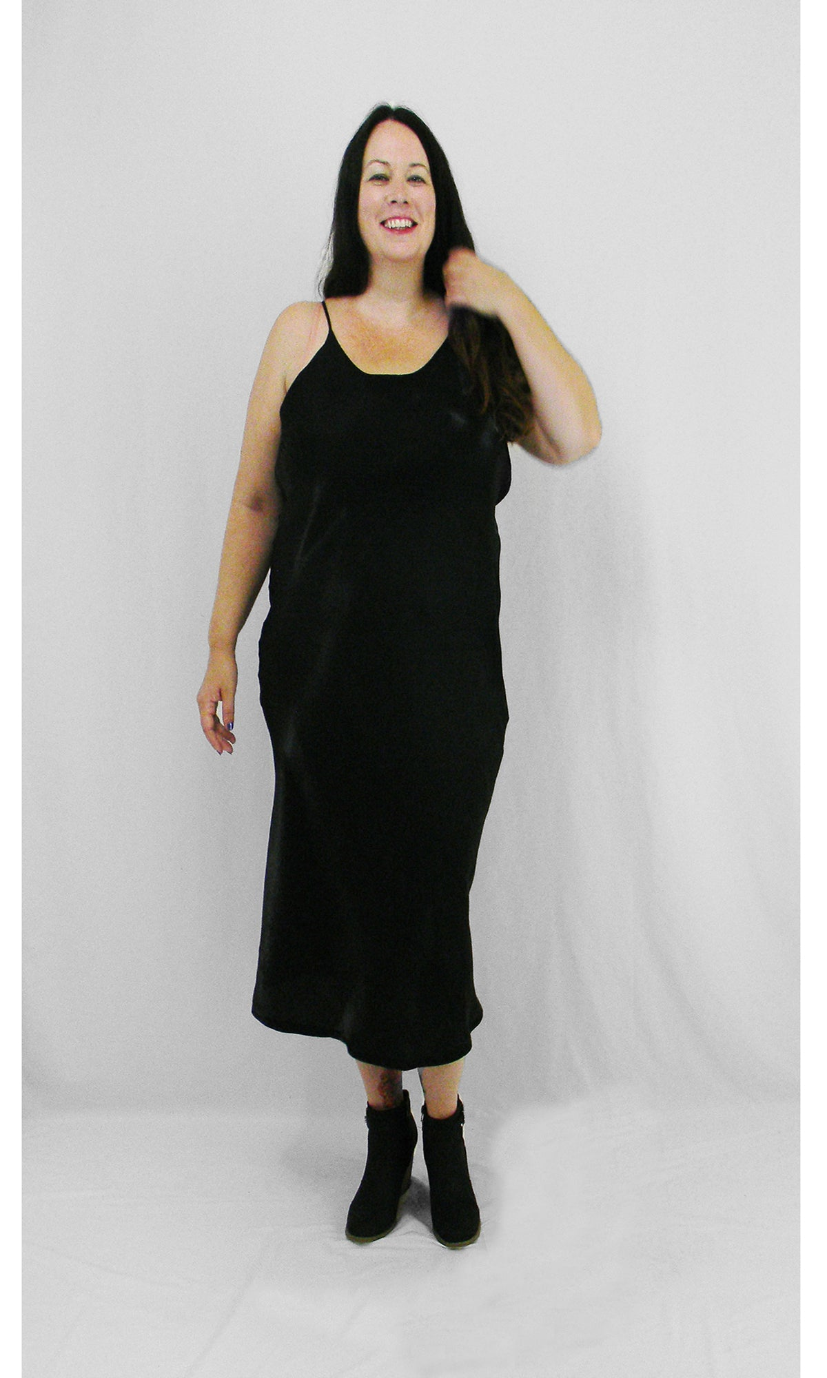 Sophia Dress (Curve)