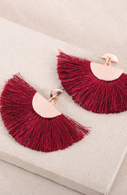 Joie de Vivre Fringe Earrings in rose gold/burgundy