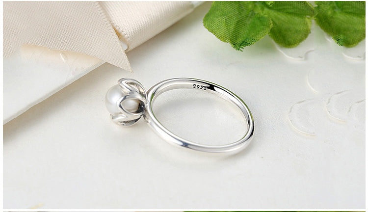 925 Sterling SILVER RING WITH WHITE FRESHWATER CULTURED PEARL