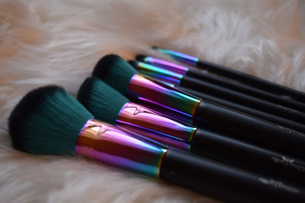Prismatic Rainbow Makeup Brushes - 7 Piece Set