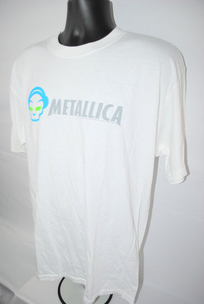 2005 Metallica Vintage Napster Style Classic Heavy Metal vs Tech Style Rock Band T-Shirt