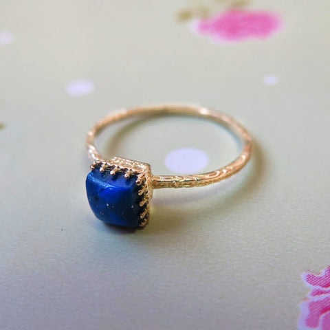 Yellow Gold 14K Lapis Dainty Square Ring