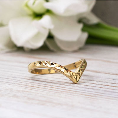 14K Solid Yellow Gold Chevron Ring With Diamond Cuts