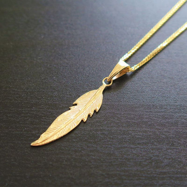 14K Solid Yellow Gold Feather Pendant With Diamond Cut