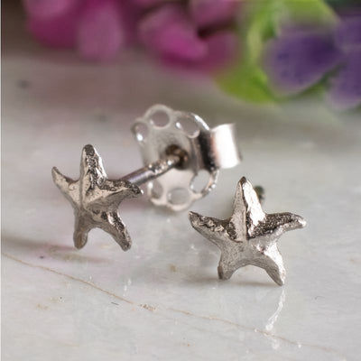 14k Solid Gold Starfish Stud Earrings With Gold Closures