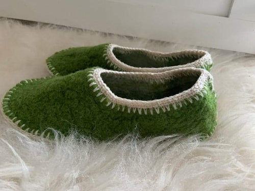 HAND STITCHED WOOL SLIPPERS in grass green Size 9 CUSTOMER ORDER